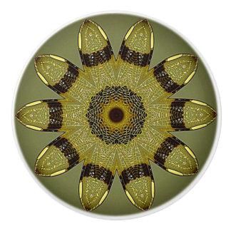 金トンボによっては陶磁器のノブが飛びます セラミックノブ