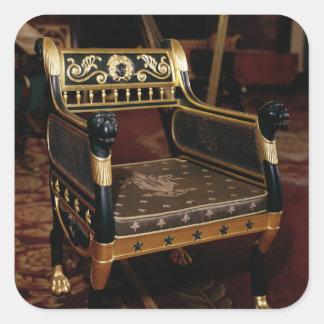 金メッキの詳細が付いている切り分けられた肘掛け椅子 スクエアシール