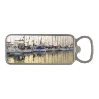 金ヨット及び海の反射の栓抜き マグネット栓抜き