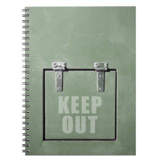 金属のドアを保って下さい ノートブック