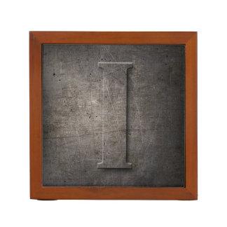 金属のモノグラムI -机のオルガナイザー ペンスタンド