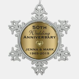 金属金ゴールド第50の結婚記念日のオーナメント スノーフレークピューターオーナメント