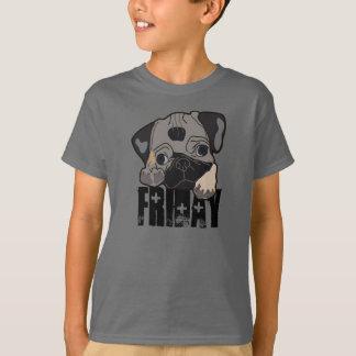 金曜日のワイシャツかわいいパグの小犬の曜日 Tシャツ