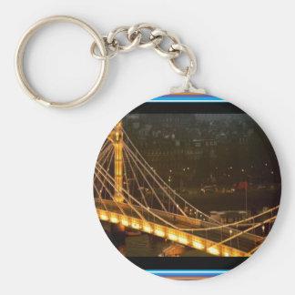 金橋ロンドン夜ライト反射のギフト キーホルダー