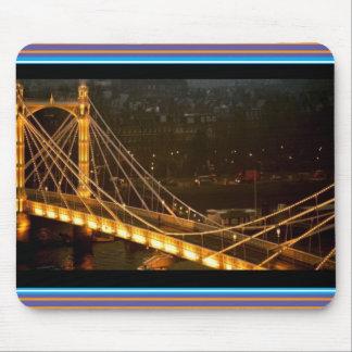 金橋ロンドン夜ライト反射のギフト マウスパッド