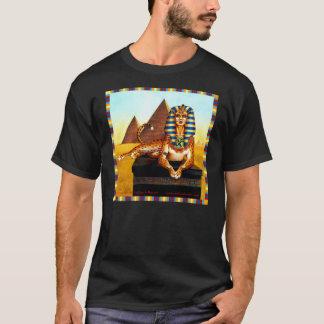 金目が付いているスフィンクス Tシャツ