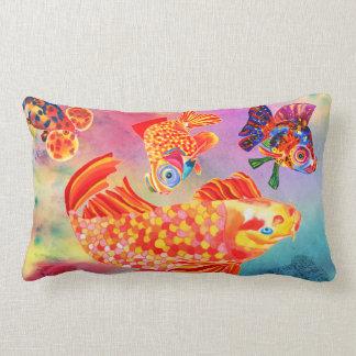 金魚のデザインの装飾的な枕 ランバークッション