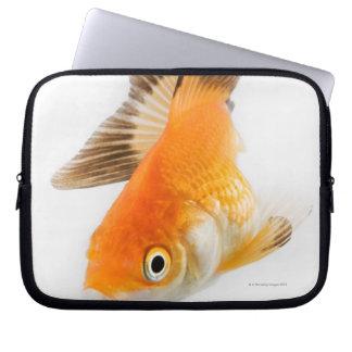 金魚(フナのauratus) ラップトップスリーブ