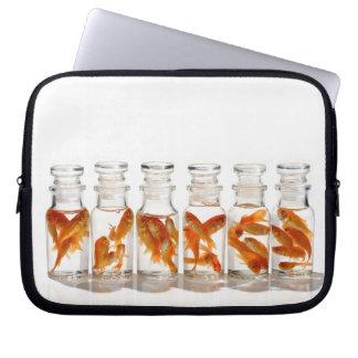 金魚 ラップトップスリーブ