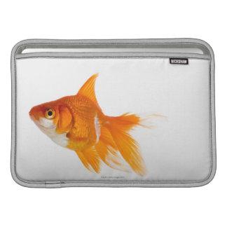 金魚、側面図 MacBook スリーブ