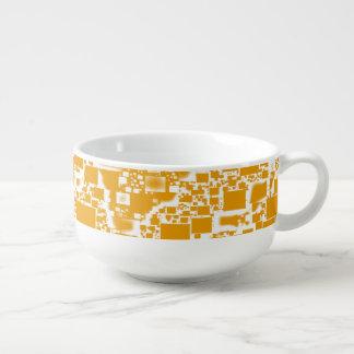 金黄色および白い小型タイルのデザイン スープマグ