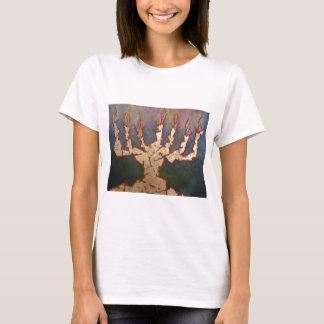 金(ユダヤ教)メノラー Tシャツ