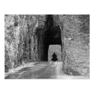 針のハイウェーのトンネル ポストカード