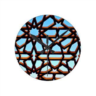 鉄のゲート ラウンド壁時計