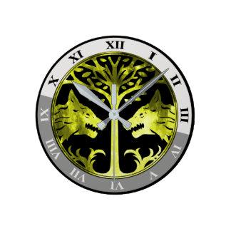 鉄の旗の柱時計 ラウンド壁時計