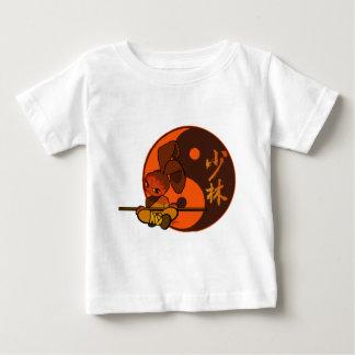 鉄のshaolinのバニーの激怒 ベビーTシャツ