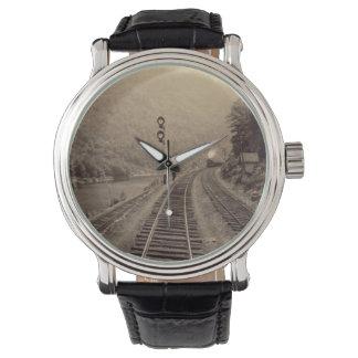 鉄道及び列車の腕時計-シリーズ#1を強行採決して下さい 腕時計