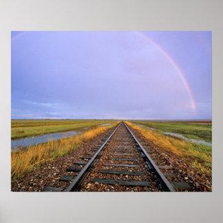 鉄道線路上の虹はFairfieldに近づきます ポスター