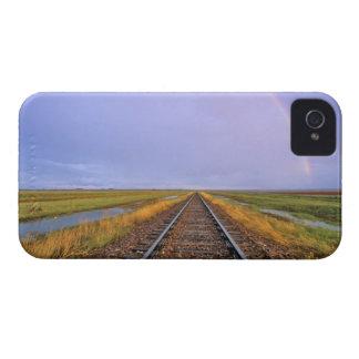 鉄道線路上の虹はFairfieldに近づきます Case-Mate iPhone 4 ケース