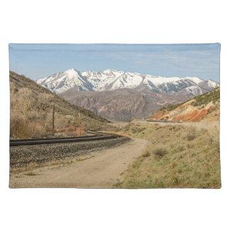 鉄道線路-山-のS字型カーブ雪 ランチョンマット
