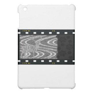 鉛筆のシカの喝き切った小川のフィルムのこま iPad MINI カバー