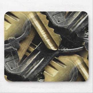 銀および金ゴールドのコラージュのjaggered鍵 マウスパッド