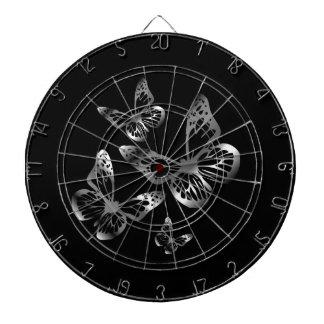 銀によって着色される蝶飛行 ダーツボード