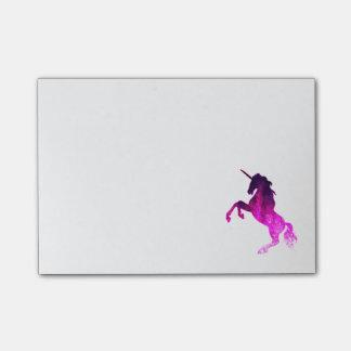 銀河系のピンクの美しいユニコーンのきらめくイメージ ポストイット