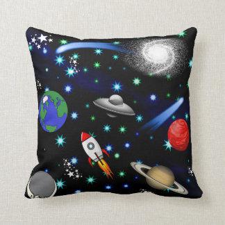 銀河系の宇宙-惑星、星、彗星、ロケット クッション