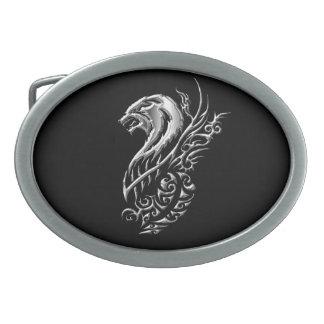 銀製のオオカミの黒 卵形バックル