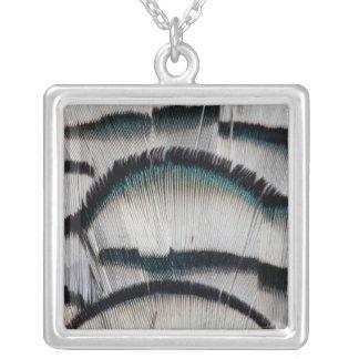 銀製のキジの羽 シルバープレートネックレス
