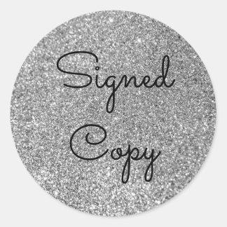 銀製のグリッターによって署名されるコピー ラウンドシール