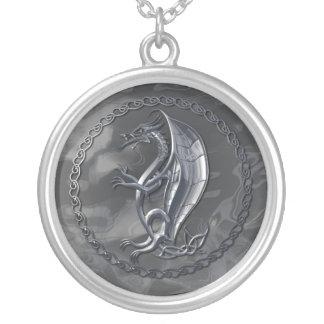 銀製のケルト族のドラゴン シルバープレートネックレス