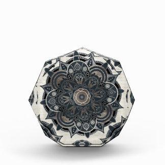 銀製の曼荼羅 表彰盾