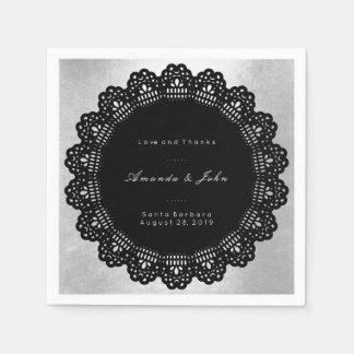 銀製の黒い円の敏感な原稿の結婚式 スタンダードカクテルナプキン