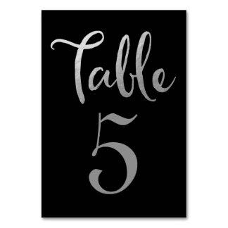 銀製の黒い結婚式のテーブル数タイポグラフィカード カード