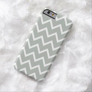銀製灰色のシェブロンのiPhone6ケース Barely There iPhone 6 ケース