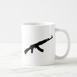 銃のカラシニコフ自動小銃黒いアイコン コーヒーマグカップ
