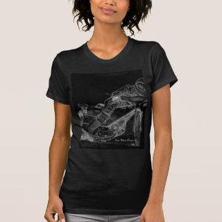 鋭いデザイン。 高速自動車道路のbikeonblack tシャツ