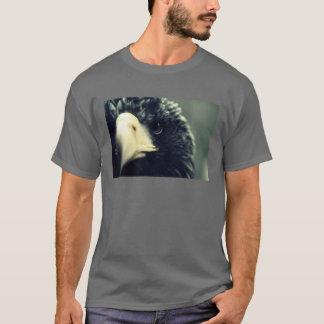 鋭い目(暗い) Tシャツ