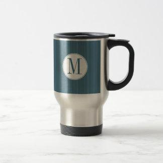 鋼色の細い縦縞の独身のなモノグラムのマグ トラベルマグ