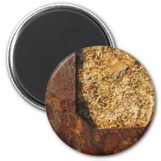 錆ついた磁石 マグネット
