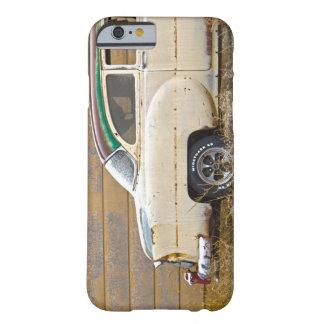 錆ついた虫 BARELY THERE iPhone 6 ケース