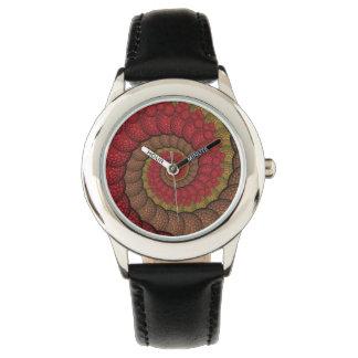 錆ついた赤いおよびオレンジ孔雀のフラクタル 腕時計