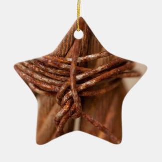 錆つかせたワイヤーが付いている編みこみの鎖 セラミックオーナメント