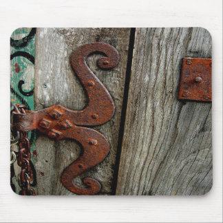 錆つかせた蝶番の木製の穀物のマウスパッドの写真の芸術 マウスパッド