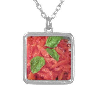 鍋のパスタの料理のためのトマトソース シルバープレートネックレス