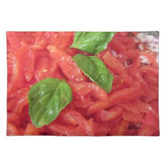 鍋のパスタの料理のためのトマトソース ランチョンマット