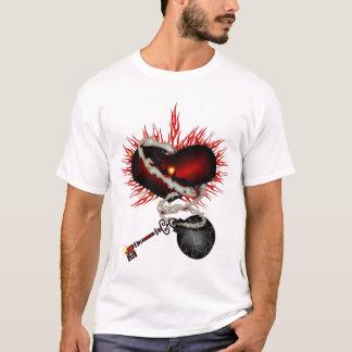 鎖のワイシャツのハート Tシャツ