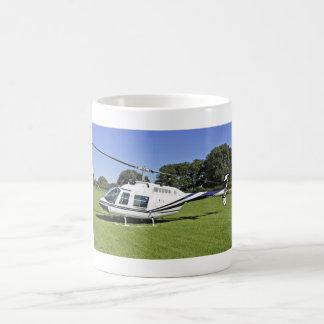 鐘206B JetRanger IIのヘリコプターのマグ コーヒーマグカップ